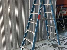 Bailey Fiberglass Step Ladder 2.4 Meter Double Sided Anti Slip Feet - picture3' - Click to enlarge