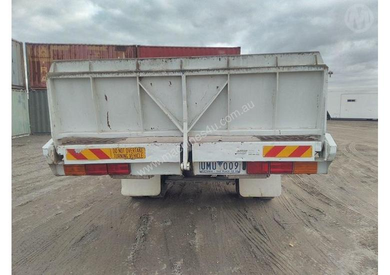 Used Freightliner FL80 Tilt tray truck in , - Listed on Machines4u