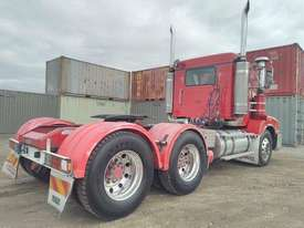Kenworth T404 - picture1' - Click to enlarge