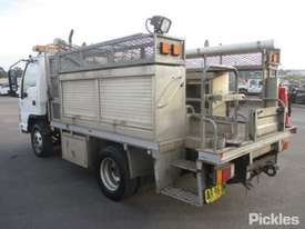 2007 Isuzu NPR 200 Short - picture5' - Click to enlarge