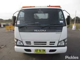 2007 Isuzu NPR 200 Short - picture1' - Click to enlarge