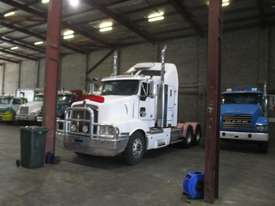 KENWORTH T401 PRIME MOVER - picture0' - Click to enlarge
