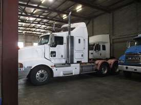 KENWORTH T401 PRIME MOVER - picture2' - Click to enlarge