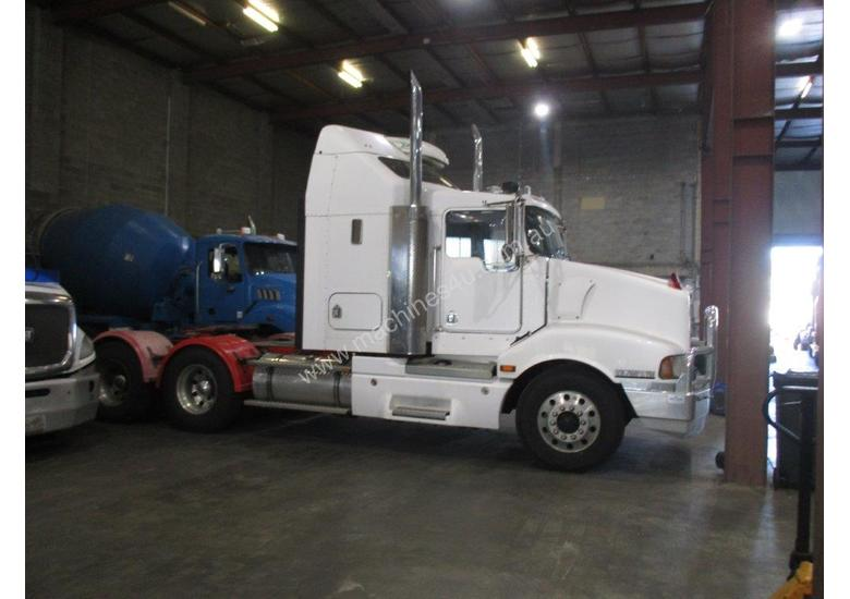 KENWORTH T401 PRIME MOVER
