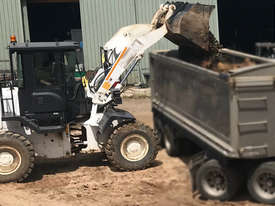 2016 Champion Wheel Loader, only 800hrs.  MS574 - picture0' - Click to enlarge