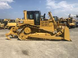 Caterpillar D6R XL III Dozer - picture3' - Click to enlarge