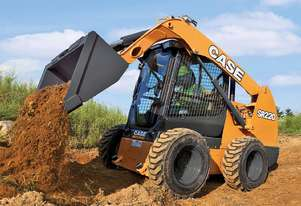 Case   SKID STEER LOADERS SR220