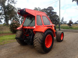 Kubota M108 FWA/4WD Tractor - picture1' - Click to enlarge