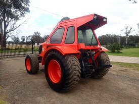 Kubota M108 FWA/4WD Tractor - picture2' - Click to enlarge