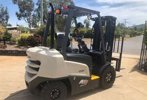 Latest Model Crown Diesel Forklift
