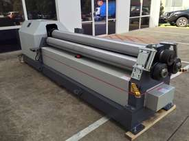 3100mm x 8mm Power Rollers With Stub Rollers - picture0' - Click to enlarge