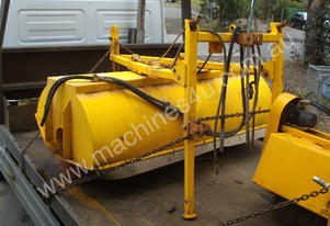 2200mm wide 3PL hydralic road broom , rear wheel