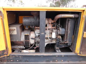 100kva SDMO, cummins / stamford , silenced , - picture1' - Click to enlarge
