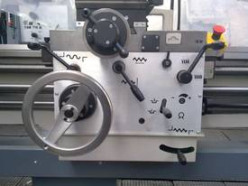 FAT TUR 560 ~ 710  European Tool Room Lathe - picture2' - Click to enlarge