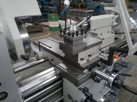 FAT TUR 560 ~ 710  European Tool Room Lathe - picture3' - Click to enlarge