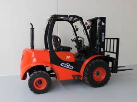 New 3000kg Forklift WECAN Diesel Delivery AU Wide - picture1' - Click to enlarge