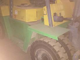 NISSAN 7 Ton 4M Lift SideShift Fork Positioner - picture1' - Click to enlarge