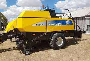 New Holland BB960A Square Baler