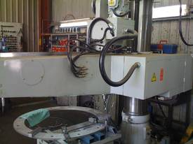 FRD 750 to FRD 1700 Taiwanese Radial Arm Drills - picture8' - Click to enlarge