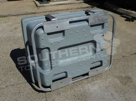200L Diesel Fuel Tank 12V with mounting Frame TFPOLYDD - picture7' - Click to enlarge