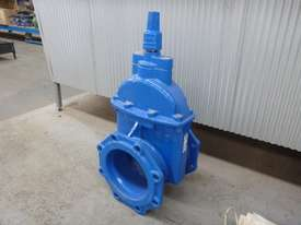 AVK 200MM GATE/WEDGE  VALVE  - picture1' - Click to enlarge