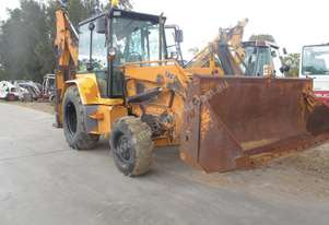 Massey Ferguson MF750 Backhoe Loader Loader