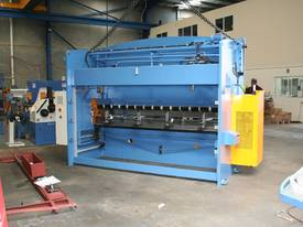3200mm x 90Ton ibend CNC & Laser Guards - picture11' - Click to enlarge