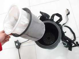 DELUXE BACKPACK VACUUM CLEANER  - picture3' - Click to enlarge
