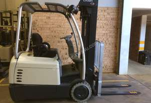 Forklift CROWN SC4500 1.5ton 4.8m Container Mast Side Shift 3 Wheel 2000hrs   Great battery ! Tested