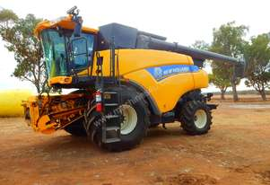 New Holland CR9090 Header(Combine) Harvester/Header