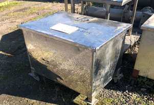 Stainless bins