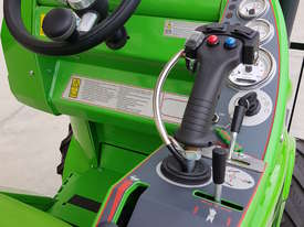 Avant 528 Mini Loader for Beekeepers - picture17' - Click to enlarge