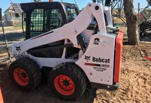 Bobcat S590 SJC 2 Speed, with superfloat tyres.