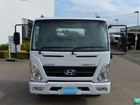 2019 Hyundai MIGHTY EX4 SUP CAB MWB Cab Chassis   - picture9' - Click to enlarge