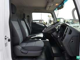 2019 Hyundai MIGHTY EX4 SUP CAB MWB Cab Chassis   - picture10' - Click to enlarge