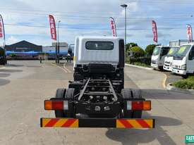 2019 Hyundai MIGHTY EX4 SUP CAB MWB Cab Chassis   - picture3' - Click to enlarge