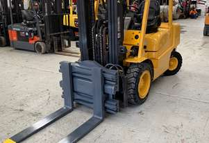 Refurbished LPG 3.5T container mast Hyster WITH rotating fork clamp
