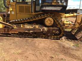 2002 CAT D8R Dozer series 2 with Attachments - picture6' - Click to enlarge