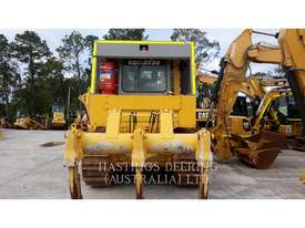 KOMATSU D85 Track Type Tractors - picture2' - Click to enlarge