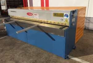 SM-EMS2500-3.2 ELECTROSHEAR with POWER BACKGAUGE & REAR SHEET SUPPORTS