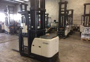 Electric Forklift Stockpicker SP Series 2006