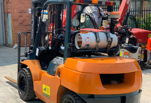 Toyota 3.5T Gas Forklift 7FG35 for HIRE from $290pw + GST