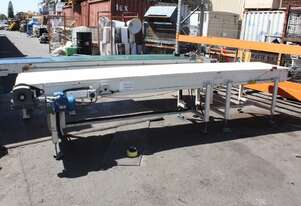 Motorised powered 4m x 75cm wide plastic chain link conveyor belt system