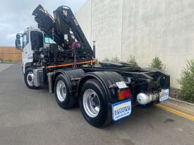Nissan UD Crane Truck Truck - picture1' - Click to enlarge