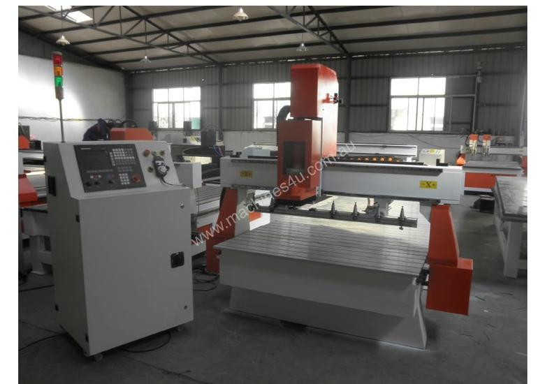 Panther 25-H CNC Router with auto tool changing