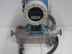 Liquid & Gas Coriolis Mass Flowmeter