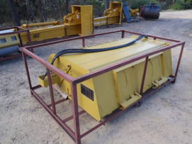 Sweeper Broom Wildkat Skidsteer Multi Fit Hitch - picture1' - Click to enlarge
