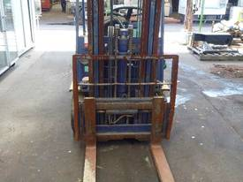 KOMATSU FORKLIFT TRIPLE STAGE CONTAINER MAST - picture0' - Click to enlarge