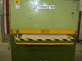 Starmaster 900mm Wide Belt Sander Lacquer & Undercoat - picture1' - Click to enlarge