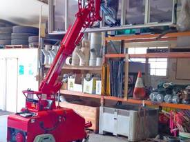 Winlet 475 T Tracked Glass Vacuum Lifter -  $270 pw* - picture6' - Click to enlarge